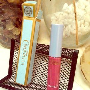 MAC👑Cinderella Ltd Ed Matte Lip Gloss